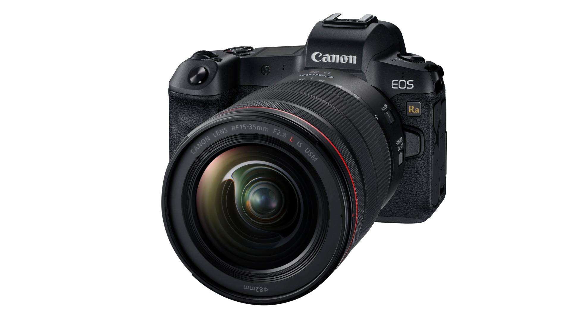 デジタルカメラ販売不振のなかミラーレスは微増中